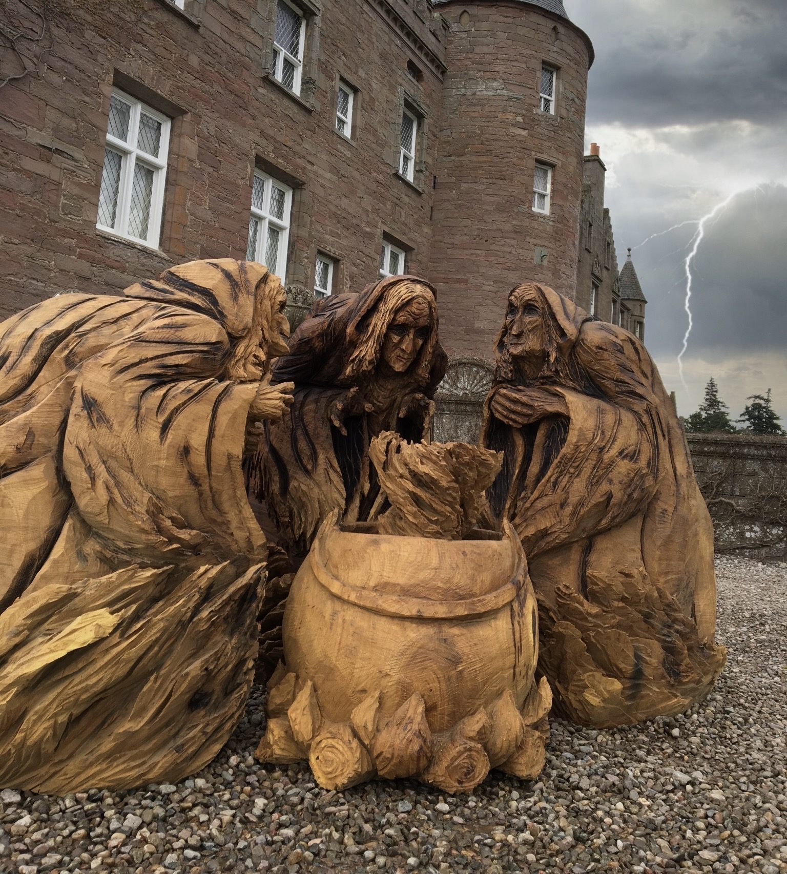 Three Witches from Macbeth, carved by Neith Chainsaw Carving Artists